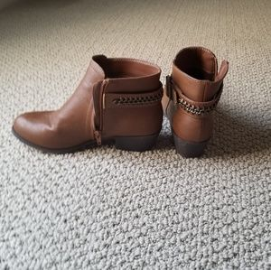 Ankle Booties   Sz 6   Gently Used